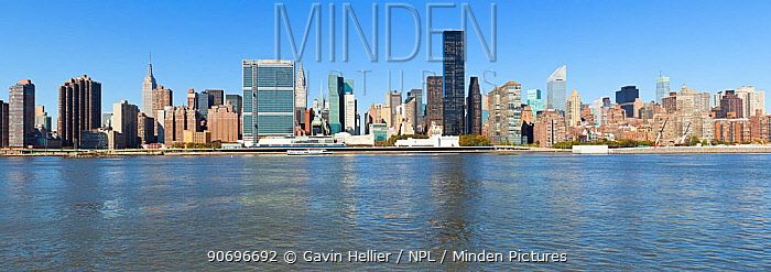 Skyline of Midtown Manhattan seen from the East River showing the Chrysler Building and the United Nations building, New York, USA 2011  -  Gavin Hellier/ npl