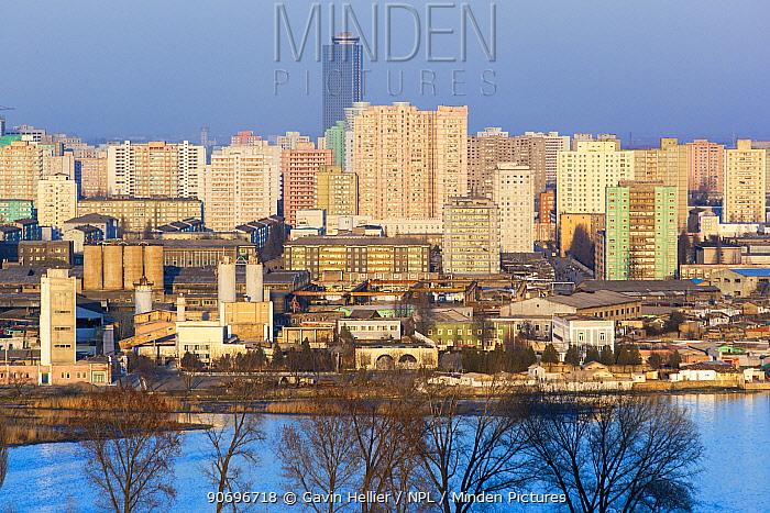 Elevated view over the Pyongyan city skyline, Democratic Peoples' Republic of Korea (DPRK), North Korea, 2012  -  Gavin Hellier/ npl