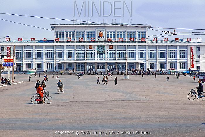 Hamhung train station, Democratic Peoples' Republic of Korea (DPRK), North Korea, 2012  -  Gavin Hellier/ npl