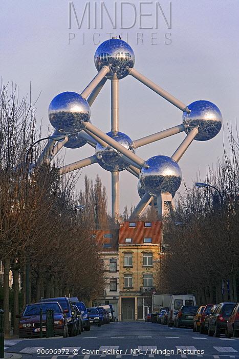 Atomium sculpture in Atomium Park, Brussels, Belgium, 2009  -  Gavin Hellier/ npl