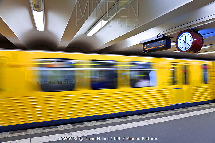 Moving train pulling into the station in modern subway station, Berlin, Germany 2009  -  Gavin Hellier/ npl