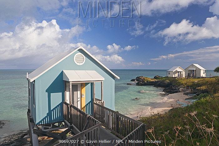 Vacation cottages on stilts over ocean, Sandys Parish, Bermuda 2007  -  Gavin Hellier/ npl
