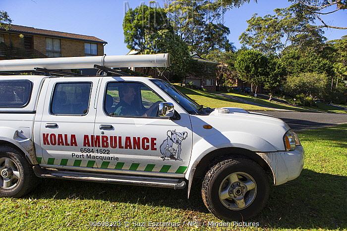 Koala Hospital rescue vehicle, Port Macquerie, Australia  -  Suzi Eszterhas/ npl