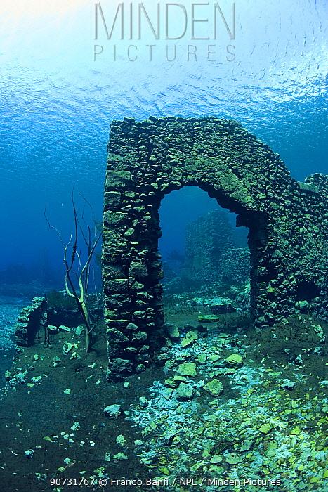 Remains of submerged mill, Lago di Capo D'Acqua, Capestrano, Aquila, Abruzzo, Italy, May 2006.