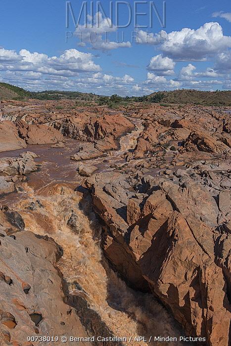 Betsiboka river in canyon, north of Maevatanana, Madagascar