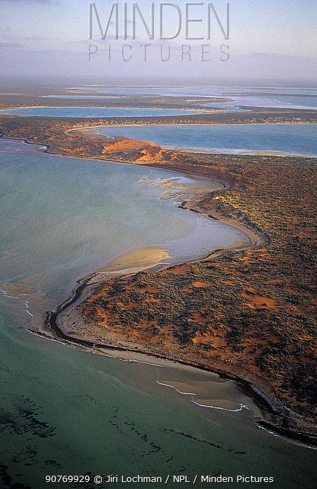 Big Lagoon, Francois Peron National Park, Shark Bay UNESCO Natural World Heritage Site, Western Australia, Australia.