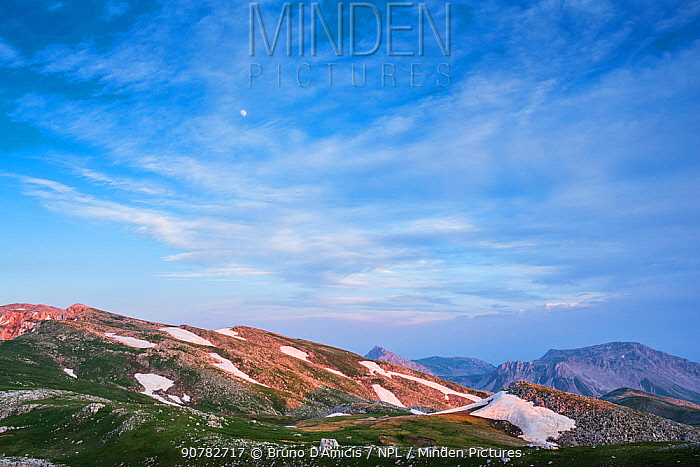 Evening light over Mainarde mountain range, Molise. Central Apennines, Italy.