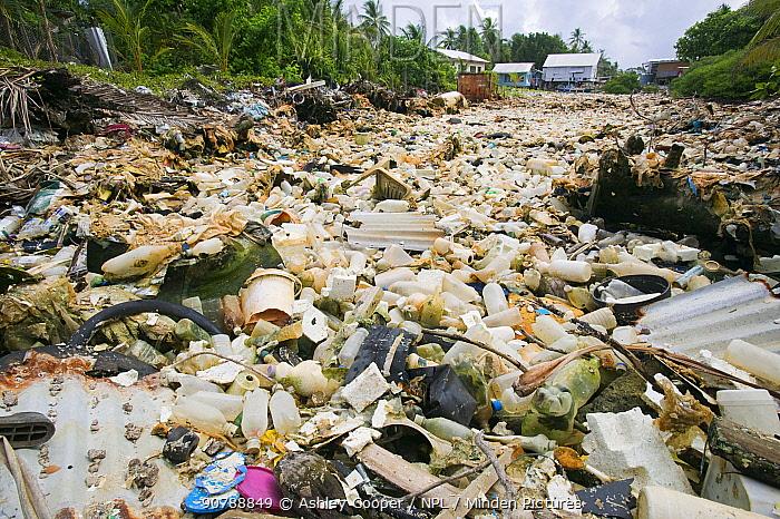 Plastic rubbish discarded in a lagoon on Funafuti, Tuvalu. March 2007