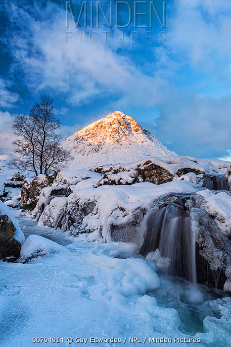 Buachaille Etive Mor in snow, Rannoch Moor, Highlands, Scotland, UK. January 2015.