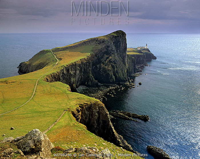 Neist Point Lighthouse on the rugged cliffs of the west coast of Skye, Scotland.