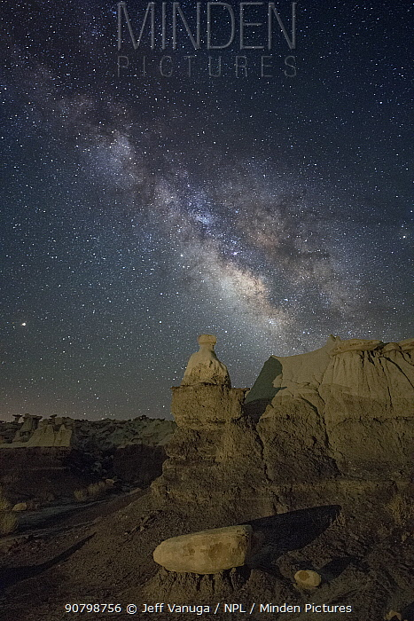 Milky Way over sandstone rock badlands of the Upper Fruitland Formation. Ah-Shi-Sle-Pah Wilderness Study Area, New Mexico, USA. May 2018.