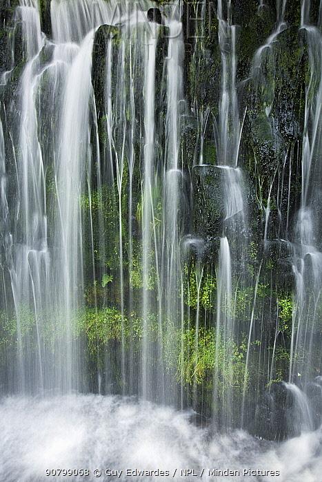 Sgwd Isaf Clun Gwyn waterfall, Brecon Beacons, Powys, Wales, August 2007.
