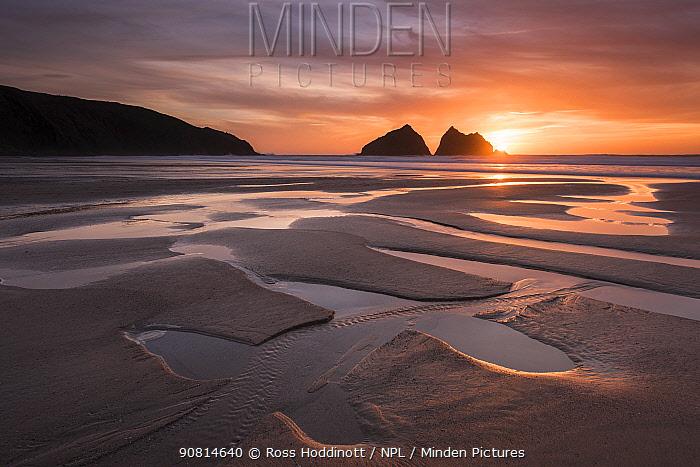 Holywell Bay, beach at low tide, sunset, near Newquay, Cornwall, UK.