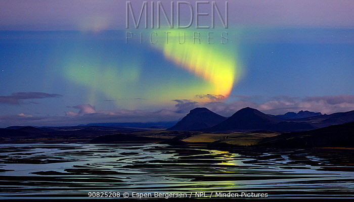 Northern lights (Aurora Borealis) over river delta, Southern Iceland. October 2017