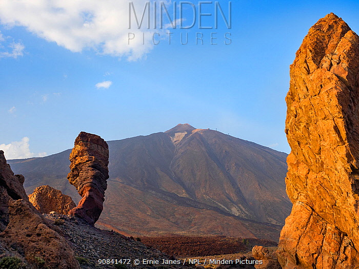 The Roque Cinchado in Teide National park, Tenerife, Canary Islands.