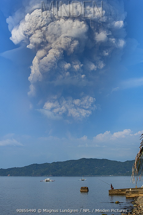The eruption of Taal Volcano viewed from Anilao in BatangasThe Philippines 12 January 2020). The main crater that threw ashes across Central Luzon and Manila regions.