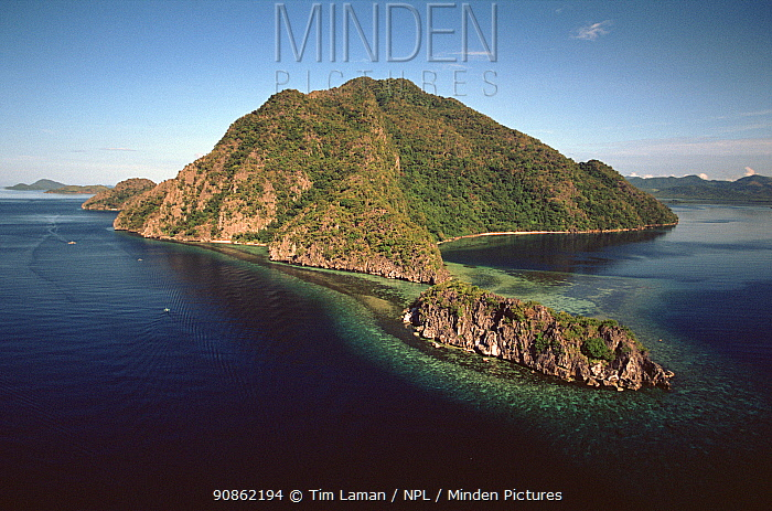 Aerial view of islets near Coron and Busuanga Islands, Palawan, Philippines, October 2001.