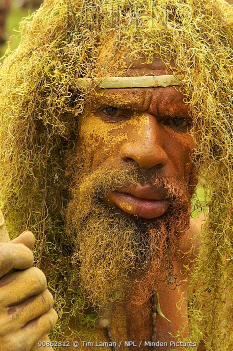 Man wearing hanging lichen (spanish moss?) headdress. Goroka, Eastern Highlands Province, Papua New Guinea. September 2004
